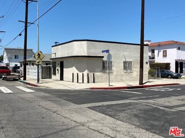 6124 S Normandie Avenue, Los Angeles, CA 90044