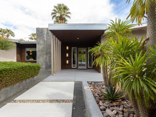 1630 Calle Marcus, Palm Springs, CA 92264