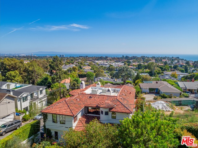 15200 MC KENDREE Avenue, Pacific Palisades, CA 90272