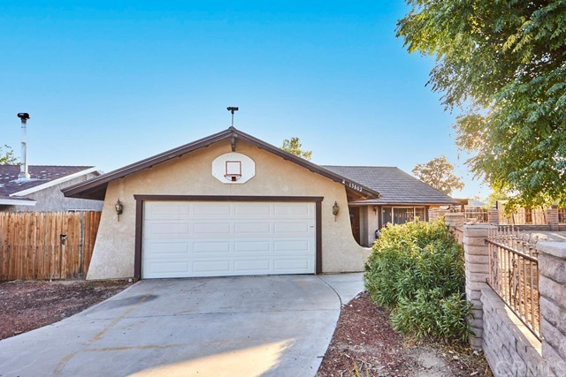 13802 Red Hill Place, Victorville, California 92395, 3 Bedrooms Bedrooms, ,2 BathroomsBathrooms,Residential,For Sale,13802 Red Hill Place,539529