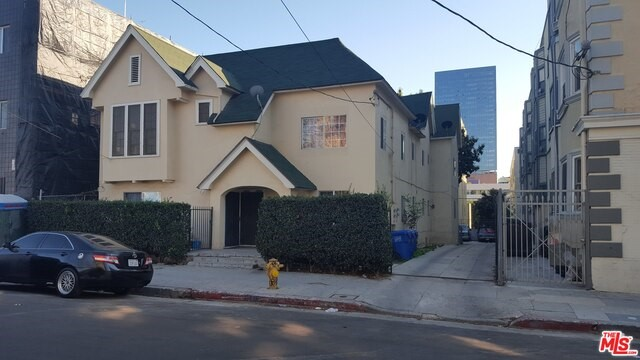 1322 MARYLAND Street, Los Angeles, CA 90017