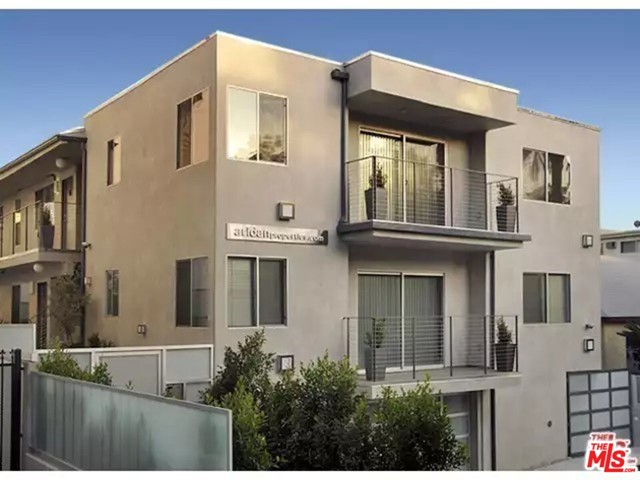 WeHo/Hwd.  New, big, modern, 2BD/2BA with WASHER/DRYER in unit.  Private balcony! Italian kitchen w/ stainless steel appliances (dishwasher, oven, microwave, and refrigerator). Two amazing showers w/ glass walls, 3 shower-heads, and a sitting bench. New central Air/heat. Gated, secured, private property's and parking (w/ security cameras around the property) and a gorgeous backyard. TV-monitor intercom and an alarm in the unit! Convenient to markets, restaurants, coffee shops, etc.  Unit is protected by Rent Control Regulations.  Our pet policy is - the more, the merrier.  No security deposit is required for pets.