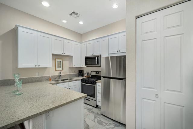 50750 Santa Rosa Plaza, La Quinta, California 92253, 1 Bedroom Bedrooms, ,1 BathroomBathrooms,Residential,For Sale,Santa Rosa,219065714DA