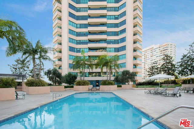 10490 WILSHIRE, Los Angeles, California 90024, 2 Bedrooms Bedrooms, ,2 BathroomsBathrooms,Condominium,For Sale,WILSHIRE,21675584