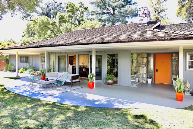 3608 Hampstead Road, La Canada Flintridge, CA 91011