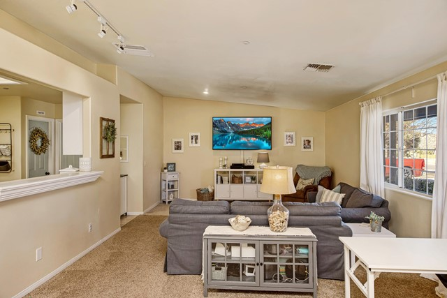 7. 8628 San Vicente Drive Yucca Valley, CA 92284