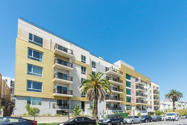 2939     Leeward Avenue   609, Los Angeles CA 90005