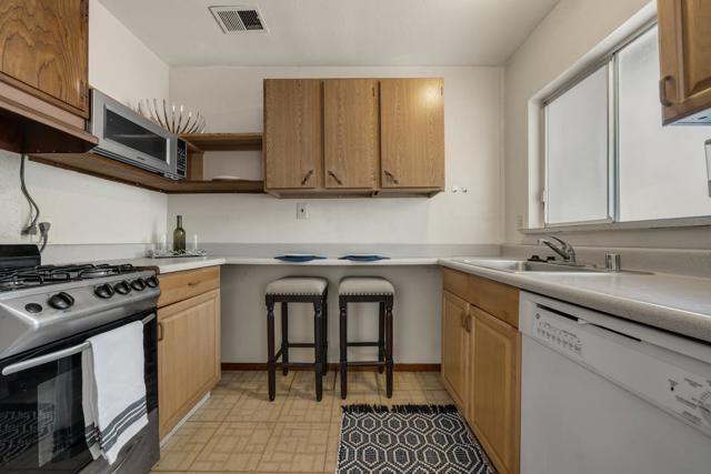 31. 580 Pine Avenue Sunnyvale, CA 94085
