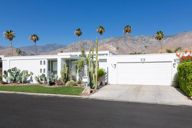 2611 Kings Road W, Palm Springs, CA 92264