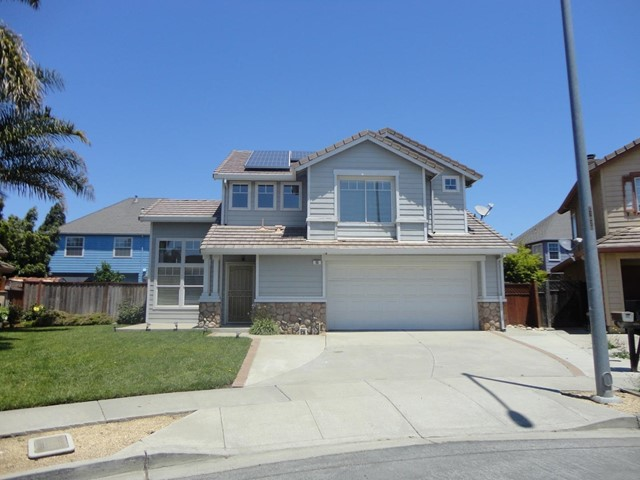15 Yale Circle, Salinas, CA 93906