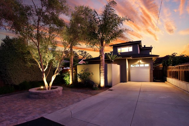 2742 Fresno Street, Santa Cruz, CA 95062
