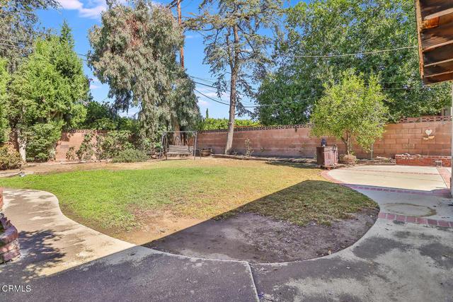 28. 10133 Gaviota Avenue North Hills, CA 91343
