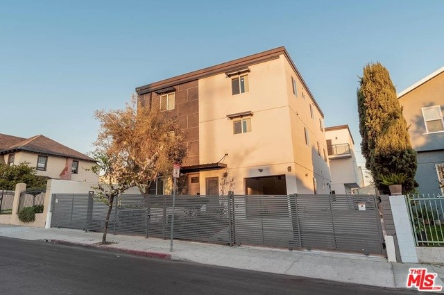 1520 ARAPAHOE Street, Los Angeles, CA 90006