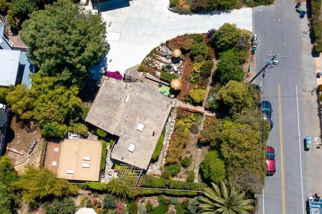 53. 264 15th Avenue Santa Cruz, CA 95062