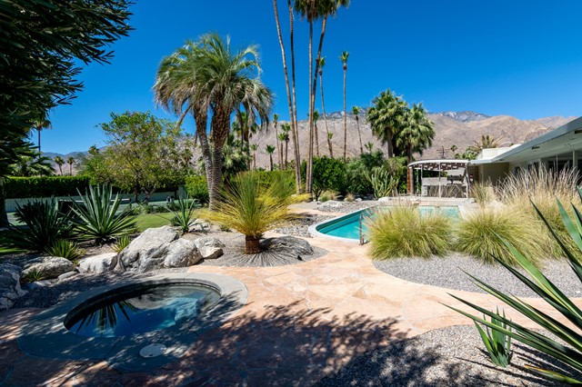 1129 Tamarisk Road, Palm Springs, CA 92262