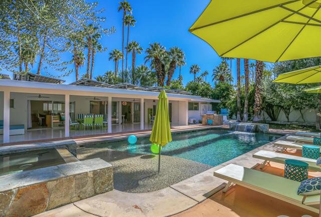 1475 Paseo De Marcia, Palm Springs, CA 92264