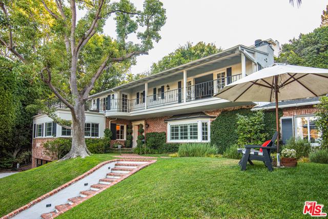 1249 N Wetherly Drive, Los Angeles, CA 90069