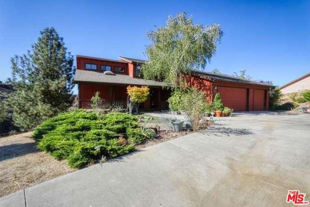 26640 Oakflat Drive, Tehachapi, CA 93561