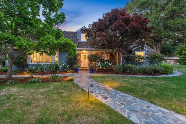 2 Fennwood Drive, Atherton, CA 94027