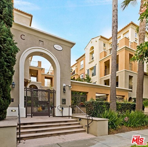 12975 Agustin Pl, Playa Vista, CA 90094 Photo 2