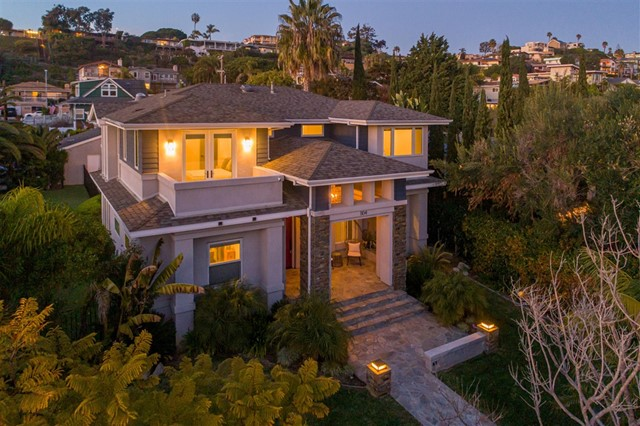 1104 Agate St, San Diego, CA 92109