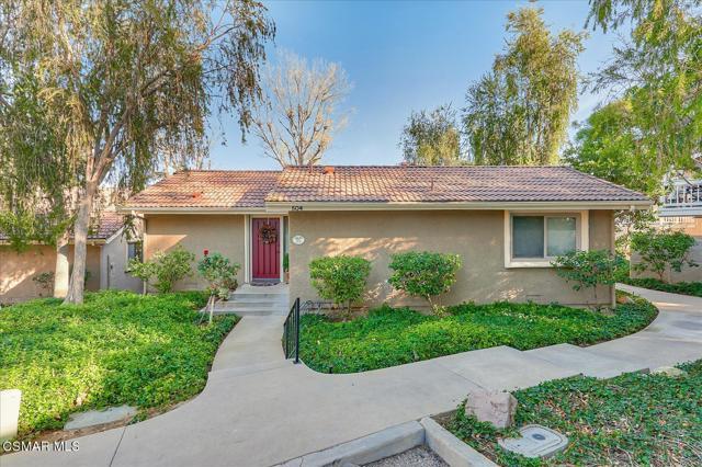 Photo of 504 El Azul Circle, Oak Park, CA 91377
