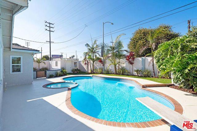 Image 18 of 8035 Kittyhawk Ave, Los Angeles, CA 90045