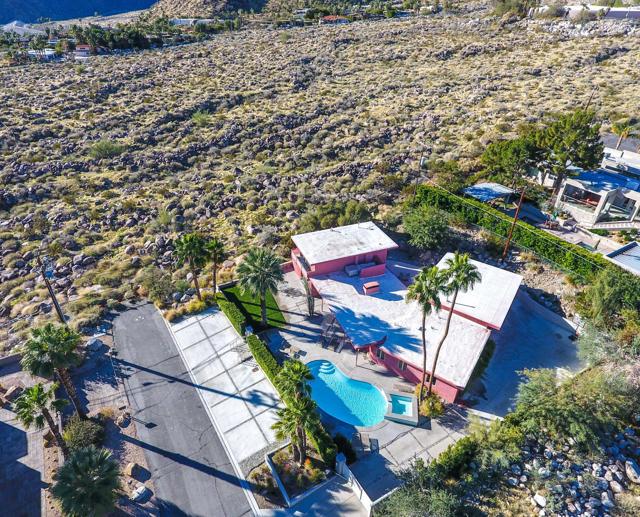 2211 Vista Drive, Palm Springs, CA 92262