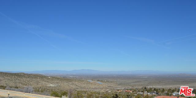 15720 E Y8, Llano, CA 93544