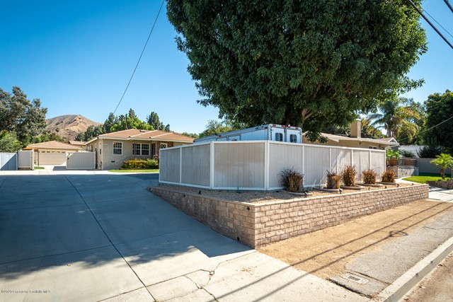10635 Foothill Bl, Lakeview Terrace, CA 91342 Photo 4