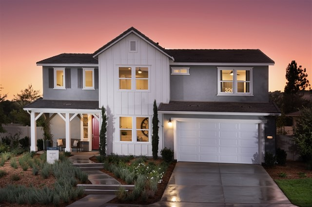 2330 Mahogany Lane, Vista, CA 92084