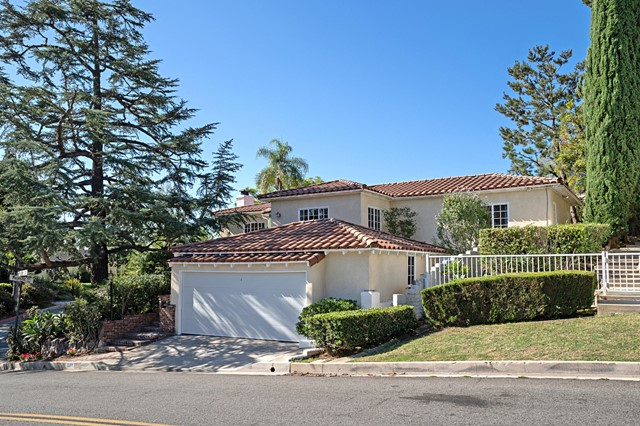 1601 Royal Boulevard, Glendale, CA 91207