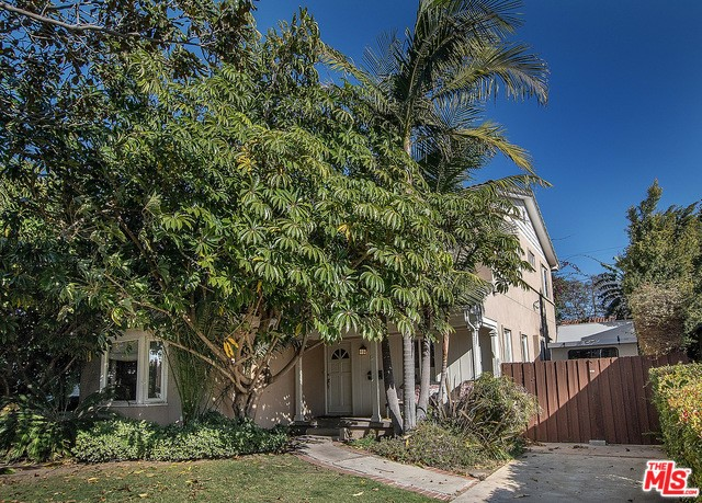 1744 S HOLT Avenue, Los Angeles, CA 90035