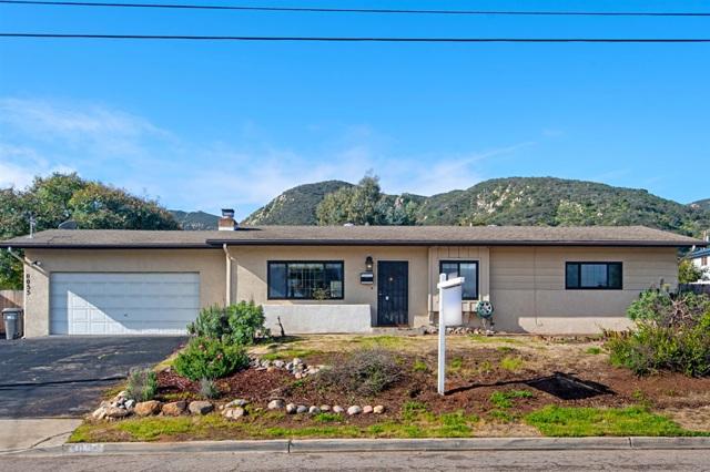 8055 Rancho Fanita Dr, Santee, CA 92071