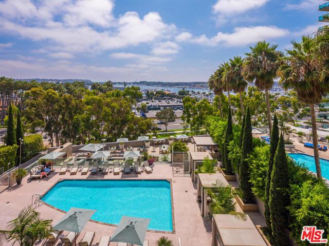 13650 Marina Pointe Dr, Marina del Rey, CA 90292 Photo