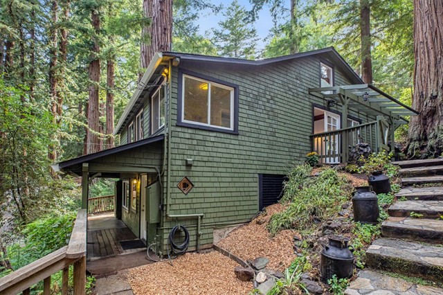 16 Redwood Drive, Outside Area (Inside Ca), CA 94020