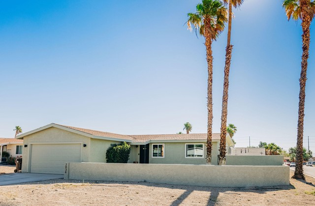 21. 2034 Marni Court Palm Springs, CA 92262