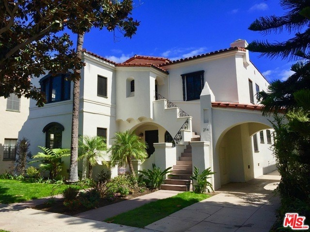 212 S DOHENY Drive, Beverly Hills, CA 90211