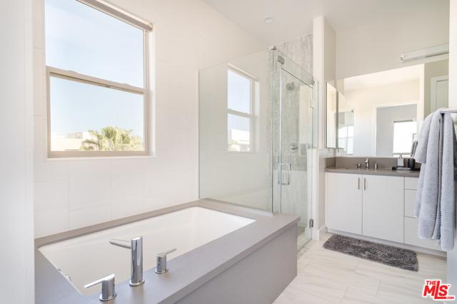 5824 Meadowlark Pl, Playa Vista, CA 90094 Photo 13