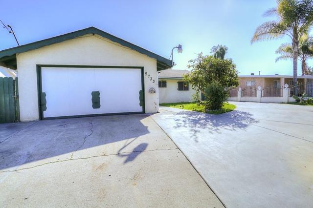 5733 Division St, San Diego, CA 92114