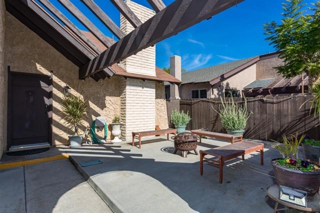 7956 Merrington Pl, San Diego, CA 92126