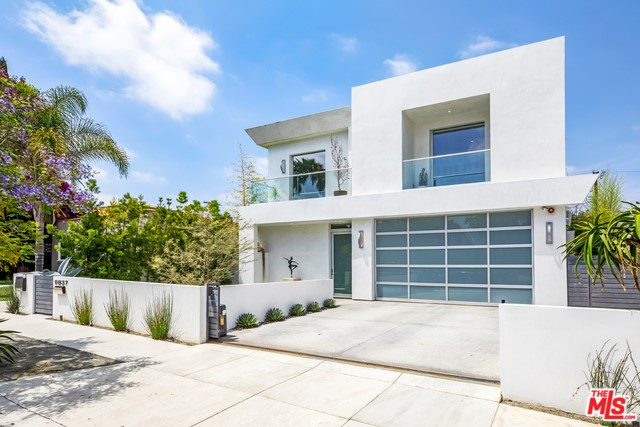 8837 SATURN Street, Los Angeles, CA 90035