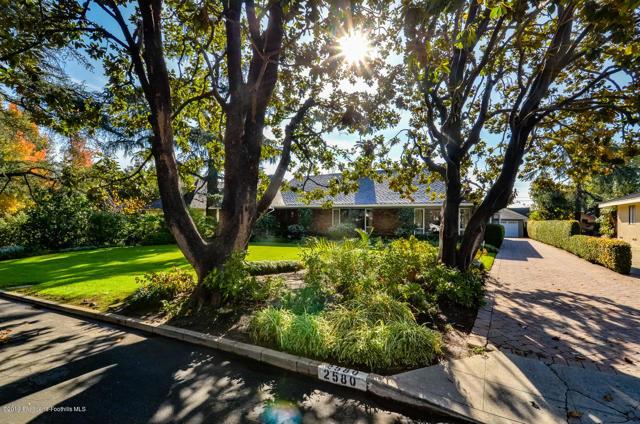 2580 Deodar Circle, Pasadena, CA 91107