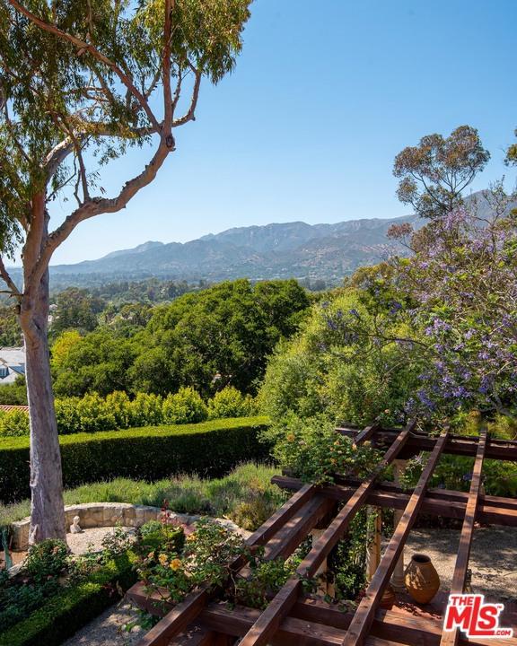 Image 31 of 296 Las Entradas Dr, Santa Barbara, CA 93108