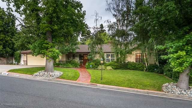5048 Commonwealth Avenue, La Canada Flintridge, CA 91011