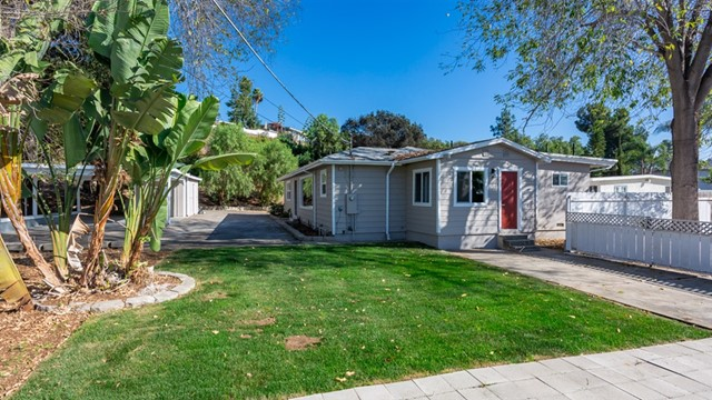 4135 N Cordoba Ave, Spring Valley, CA 91977