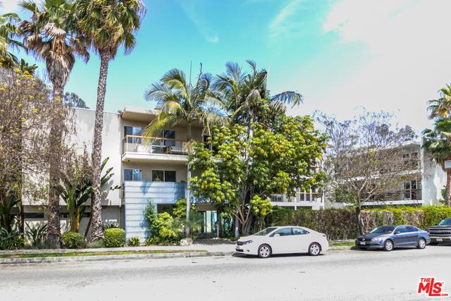 29. 330 S Barrington Avenue #110 Los Angeles, CA 90049