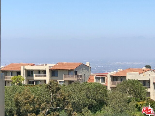 5965 PEACOCK RIDGE Road 201, Rancho Palos Verdes, California 90275, 2 Bedrooms Bedrooms, ,2 BathroomsBathrooms,For Sale,PEACOCK RIDGE,18339238