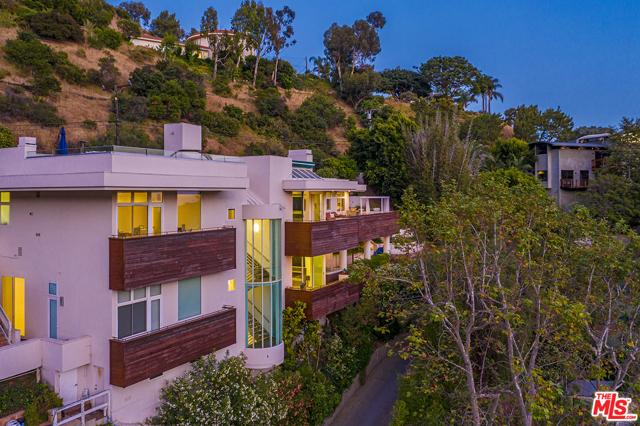 37. 21070 Las Flores Mesa Drive Malibu, CA 90265
