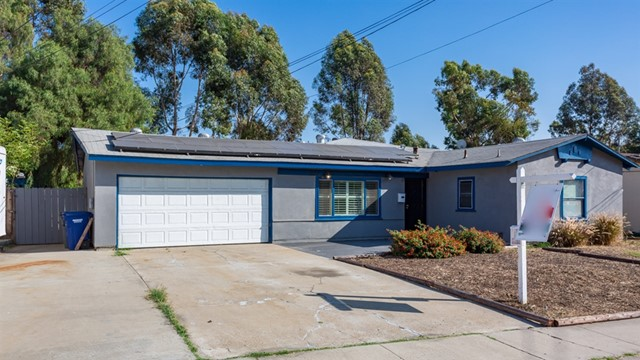 1233 Elkelton Blvd, Spring Valley, CA 91977